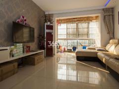 泰来苑3室2厅1卫113.53平方产权房豪华装