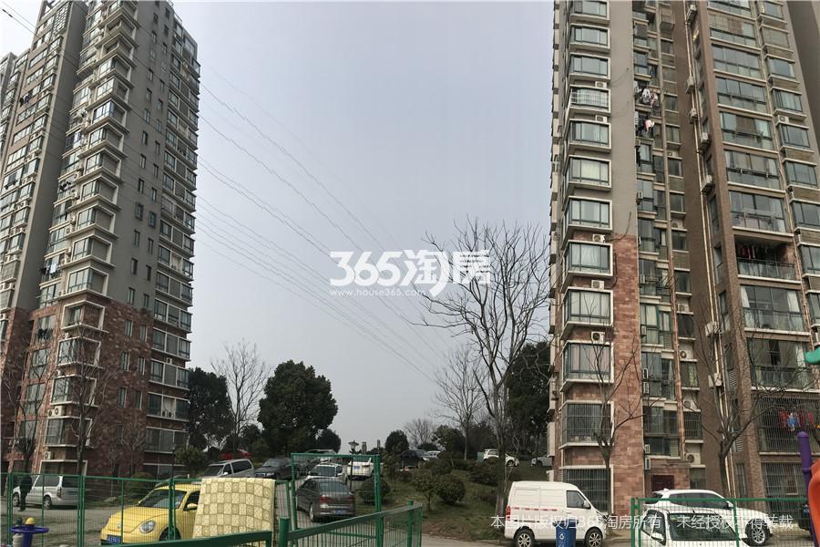 水月秦淮天龙湾2室2厅1卫96.81平方米250万元