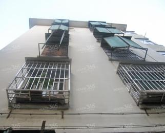 上海路汉口路交汇处两室双南设施齐全随时看房