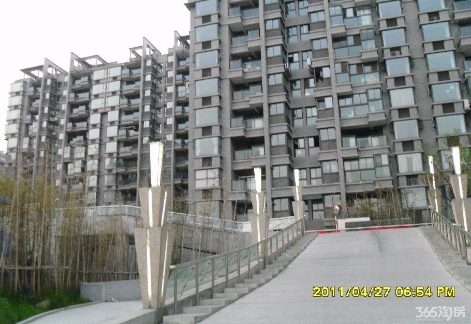 江宁区百家湖高尔夫国际花园58.00㎡简装1室1厅