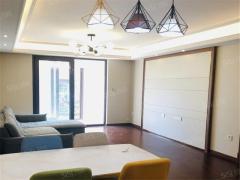 百家湖小龙湾商业街 地铁口 万科翡翠公园 精装三室 随时看房