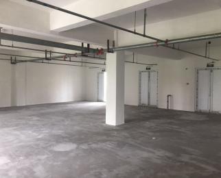 出租建邺 奥南商业街 油坊桥地铁口出口 二楼可做教育健身