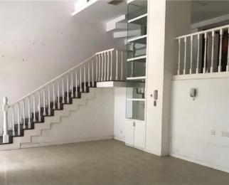 仁恒玉兰山庄 带院子 位置好 首次出租 办公居家都可以