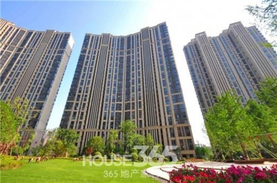 国贸天琴湾2室2厅1卫96.77平米2012年产权房精装