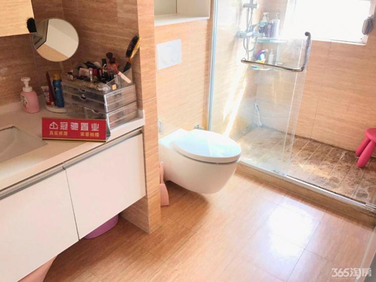 奥南板桥朗诗绿街湖景房名称衣柜住宅24小时热水科技系全屋定制恒温新风图片