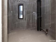 金陵湾新小区 电梯正规三居室 全新毛坯未入住 采光好