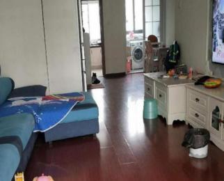 亚东城 婚装两房 南北通透 楼层好 诚心卖 看房方便 靠近南师小
