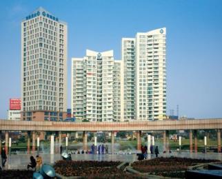 地铁房白菜价急售安徽盐业大厦 3室2厅2卫 135平米