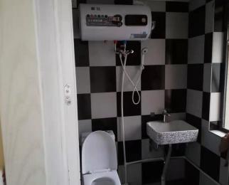马群地铁口 精装带卫生间 拎包住 空置 随时看房