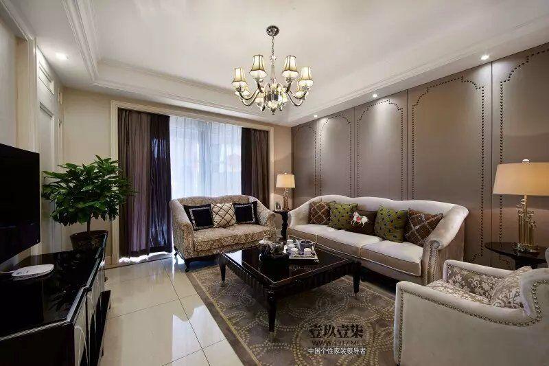 稳重的欧式新古典主义风格家具
