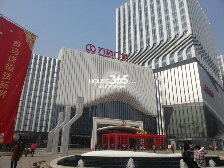 江宁万达广场100万元50平方