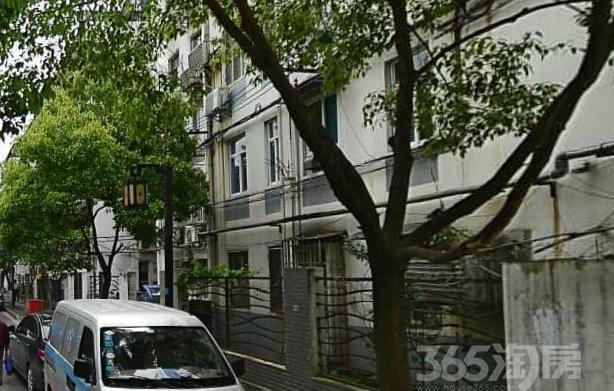厅后街5号1室1厅1卫45平米整租简装