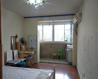 大家注意啦龙江银城新出非常好的两房双南户型两个房间都