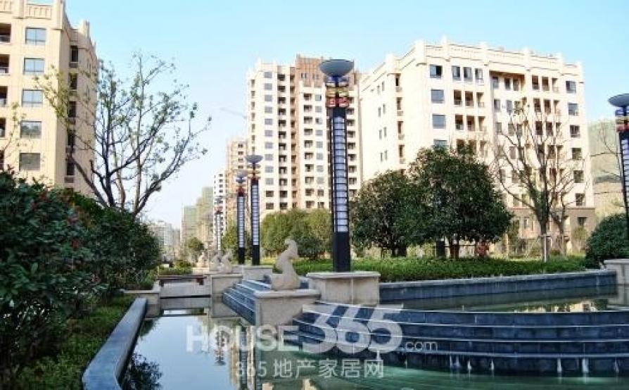 苏宁环球城市之光3室2厅1卫108㎡整租豪华装