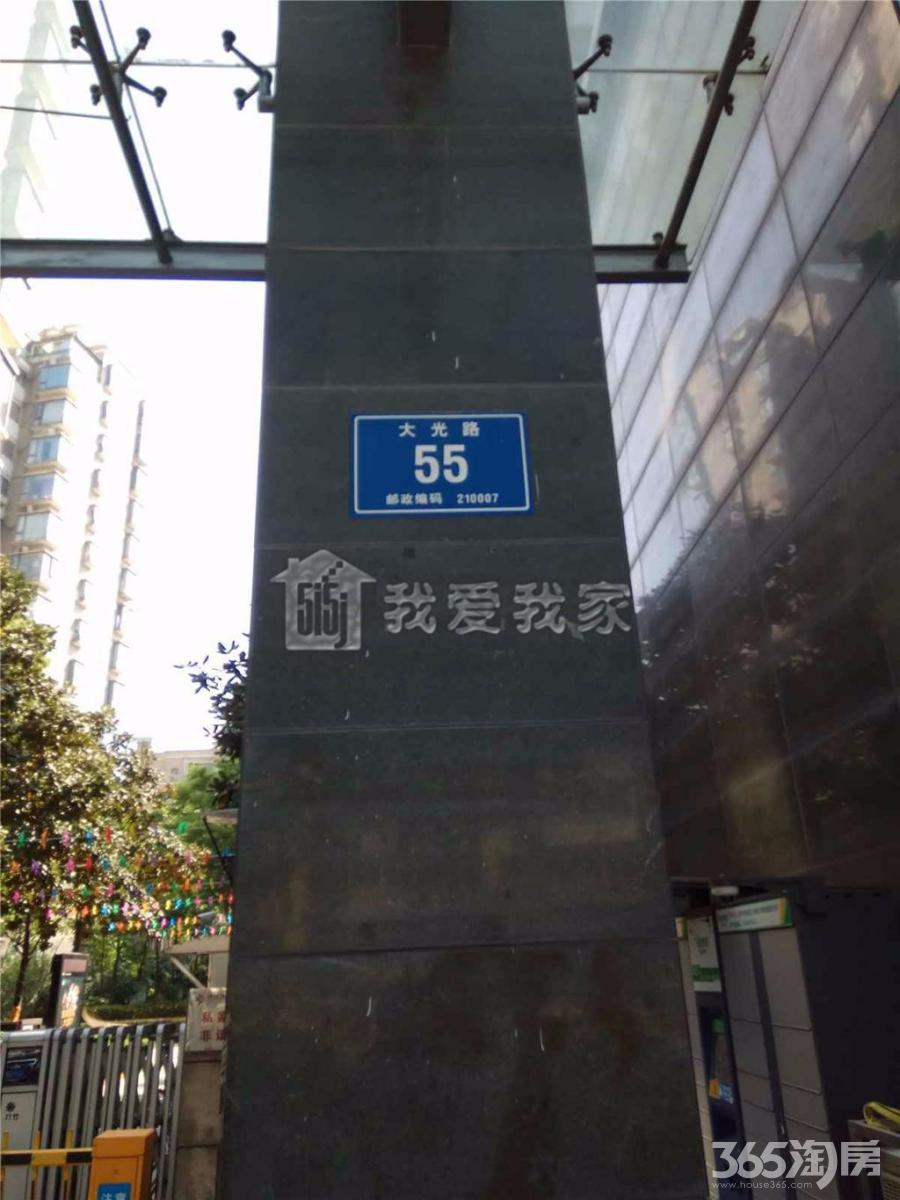 秦淮区大光路香格里拉东苑102.00㎡精装2室1厅