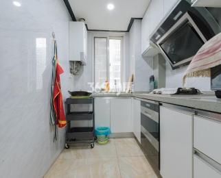 金地自在城3室2厅1卫115平米豪华装产权房2014年建