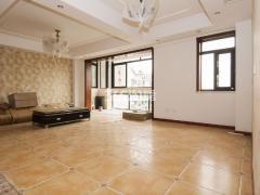 明发滨江新城5室2厅2卫233平米产权房豪华装