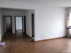 网红桥小龙湾旁 北小 国际公寓 小三房 降价急售看房方便