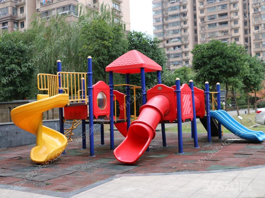 东方龙城雅乐苑153平米275万