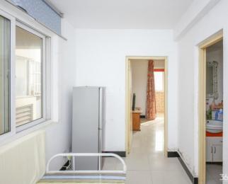 只有3套 看房有钥匙 佳和园豪装单室套新出 两天必租 赶紧