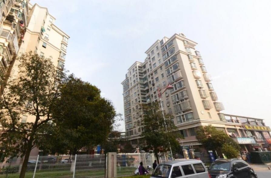 明发滨江新城一期3室2厅2卫111平米精装产权房2005年建