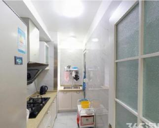 集庆门大街地铁口 云锦路 精装大两房 小区环境安静 舒适