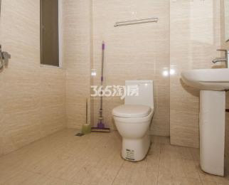 威尼斯水城7街区3室2厅2卫118.63平方产权房简装