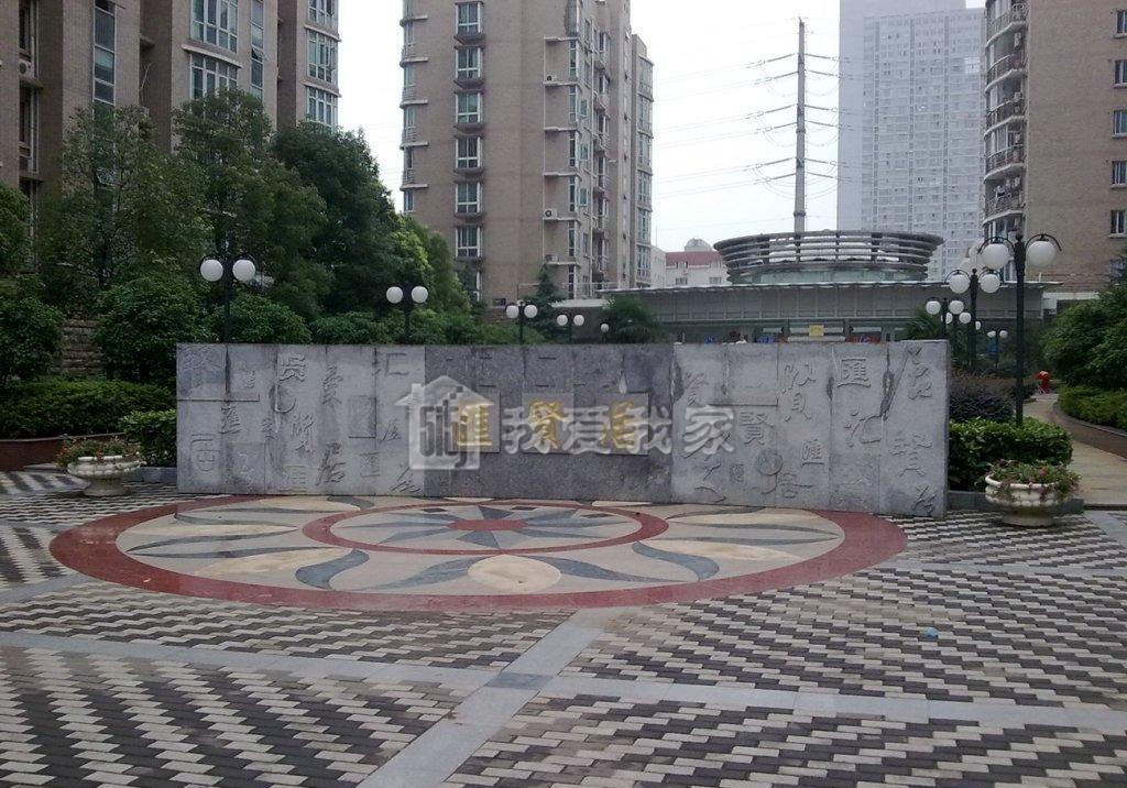 鼓楼区龙江汇贤居133.00㎡豪华装3室2厅
