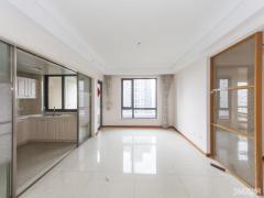 仁恒江湾城一期精装中间楼层视野极佳 有钥匙随时看房