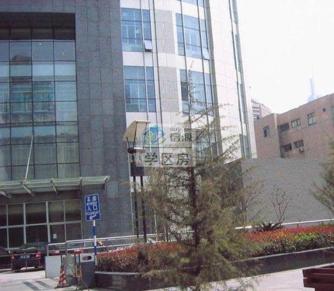 鼓楼区湖南路中环国际广场67.00㎡精装1室1厅