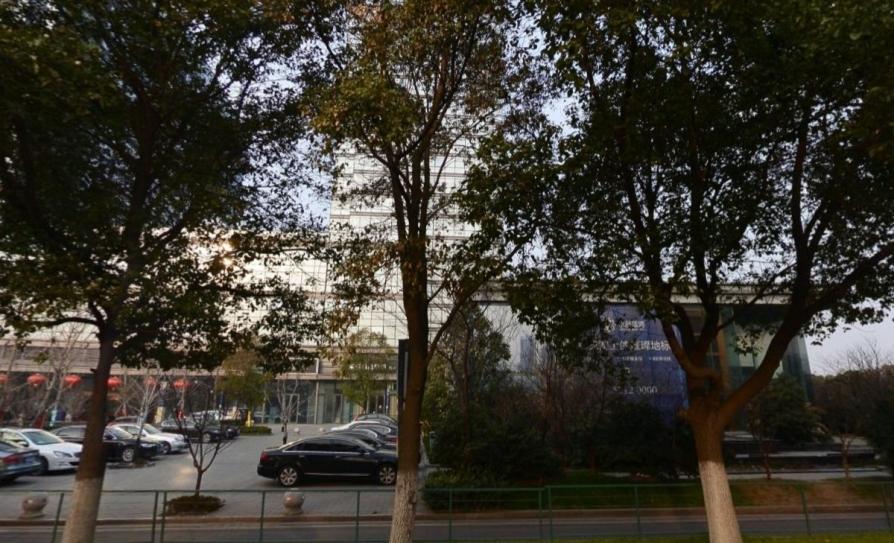 翠屏水晶广场1室1厅1卫33.5平方产权房精装无税