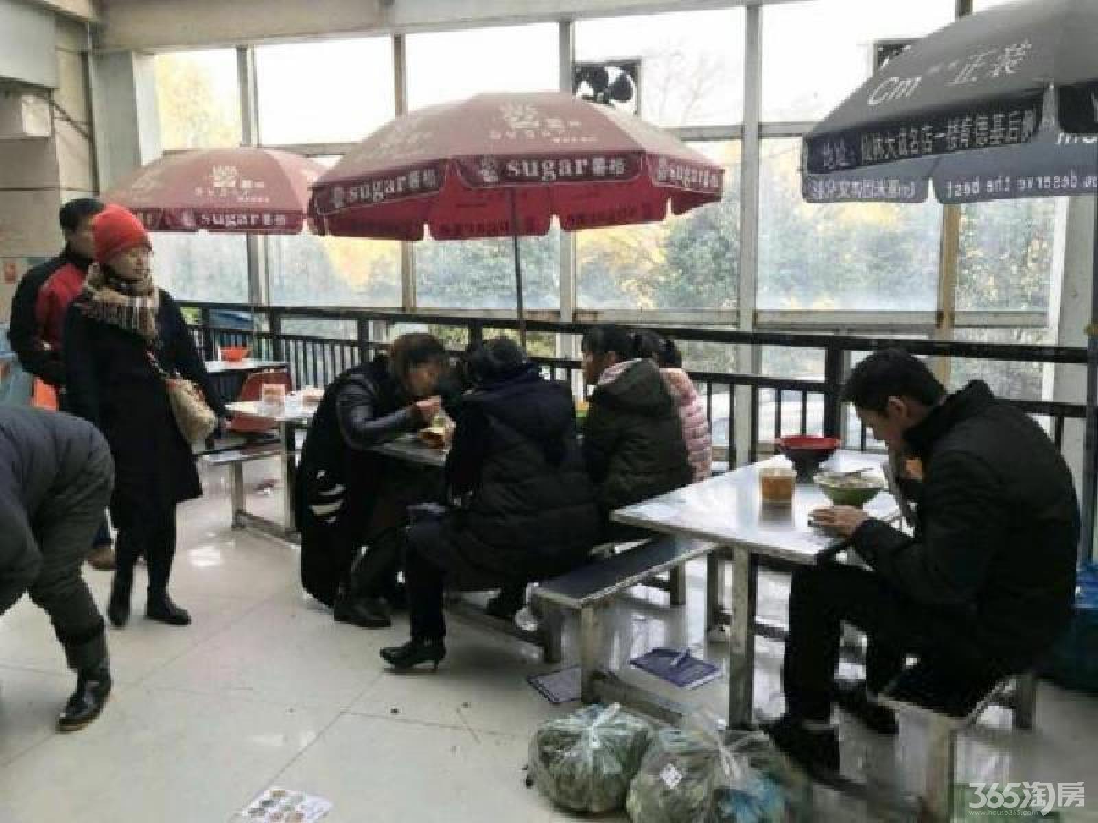 栖霞区仙林大成名店购物中心租房