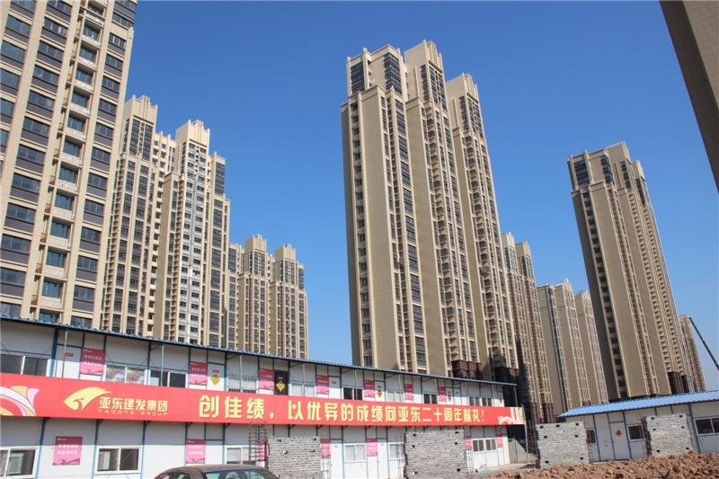 亚东滨江和园3室2厅2卫120平米整租精装