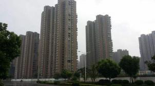 儒林西苑3室2厅1卫115�O地理条件好,交通便利,生活设