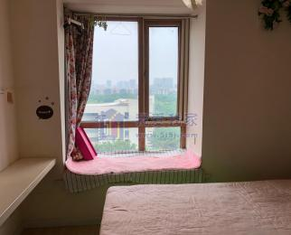 难得一遇将军大道翠屏山 翠屏国际 精装单身公寓 厅室分离 拎包住