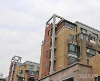 银湖波尔卡 去年刚装修 因房子小卖房换房 业主急售 看房方便