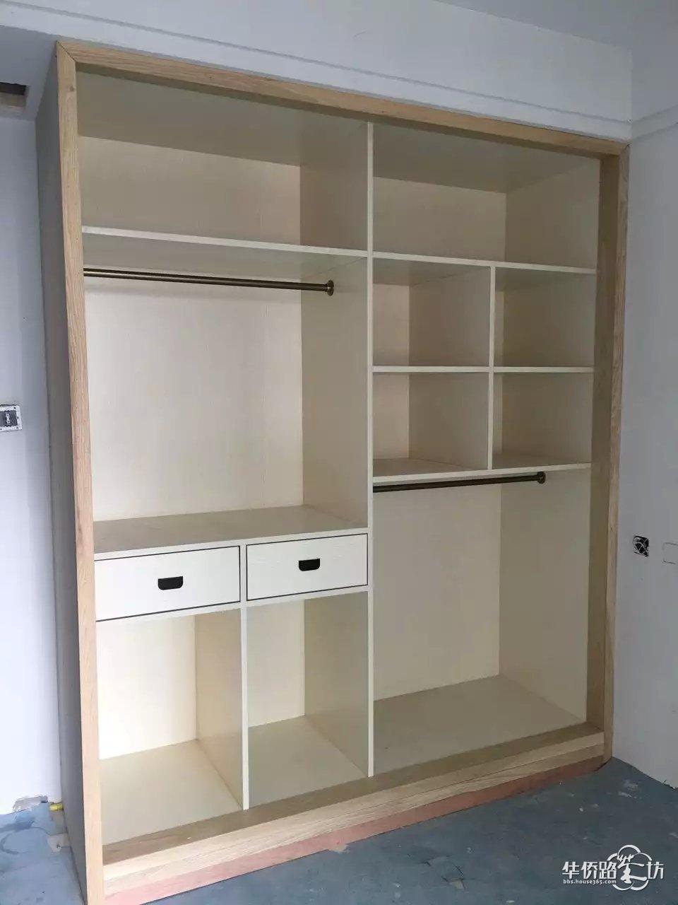 丁家庄木工现场制作衣柜