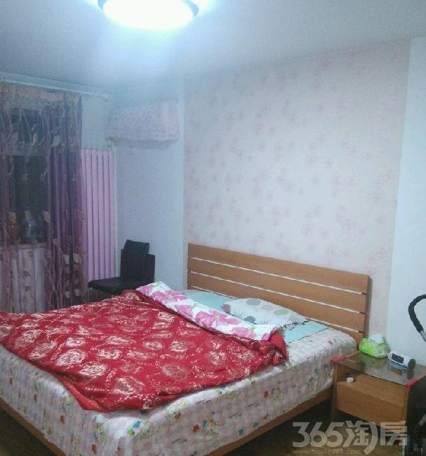 琴江公寓四楼阳面独单,婚房精装,降价急售