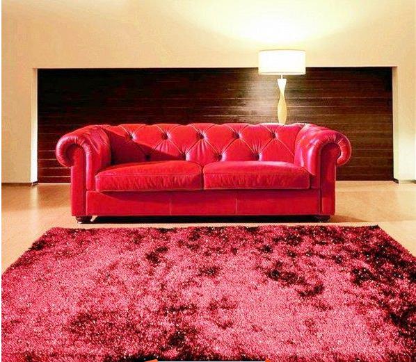 这款大户型别墅客厅装修是欧式风格.
