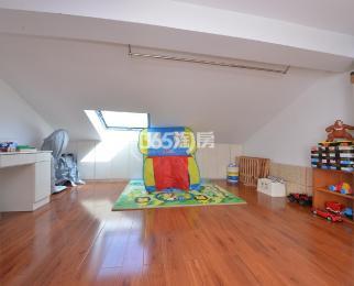阳光里小区3室2厅2卫130平米精装产权房2003年建
