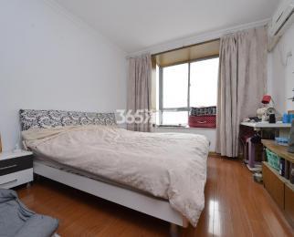 风和日丽花园2室2厅1卫95平方产权房精装