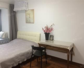 国际公寓 精装两房拎包入住 1号线地铁 有车位 随时看房