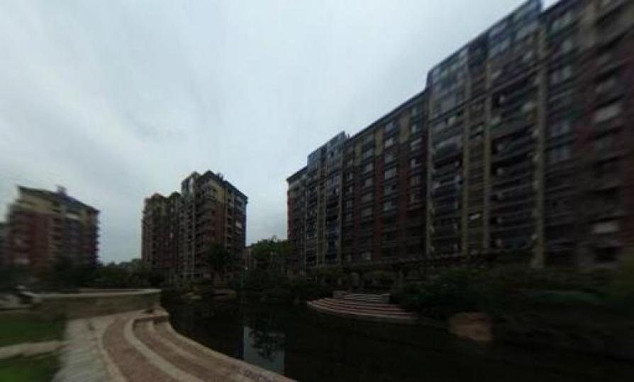 满2年东方熙龙山院5室2厅2卫202平米