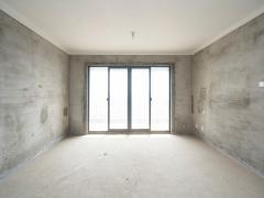 龙池街道七里楠 大四房 超低价 双学区 急售135万单价7800