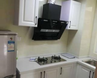 急租创维精装3室2厅1卫1800三台空调 家电家具全拎包入住