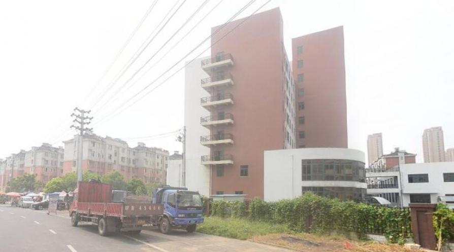 龙山新苑2室2厅1卫72.36平米2017年产权房毛坯
