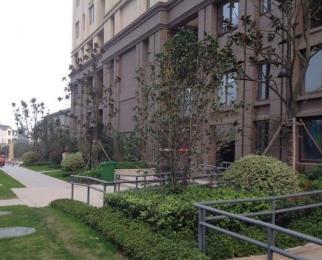 朗诗青春街区  3室2厅1卫74平米毛坯产权房2016年建