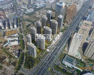 地铁一号线秋浦河路出站口,无缝对接,包河区繁华地段,不限购。