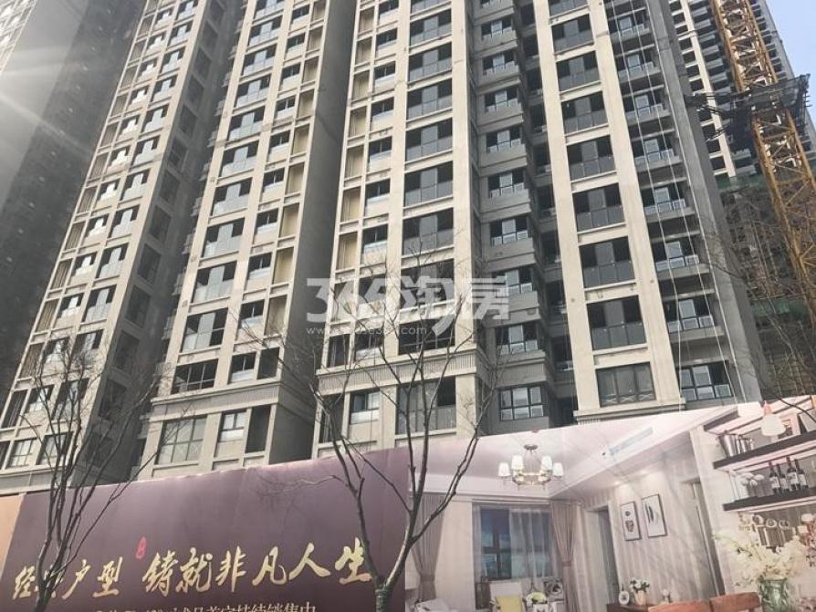 金浦紫御东方3室2厅1卫88平方产权房豪华装